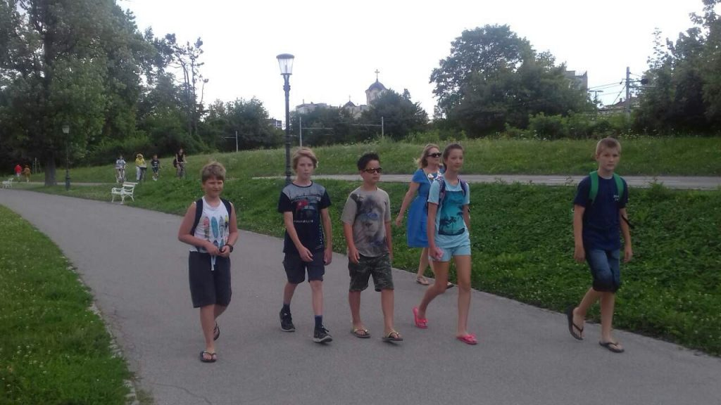 Časorisova ekipa na poti v Tivoli. Foto: Kaja Bernot