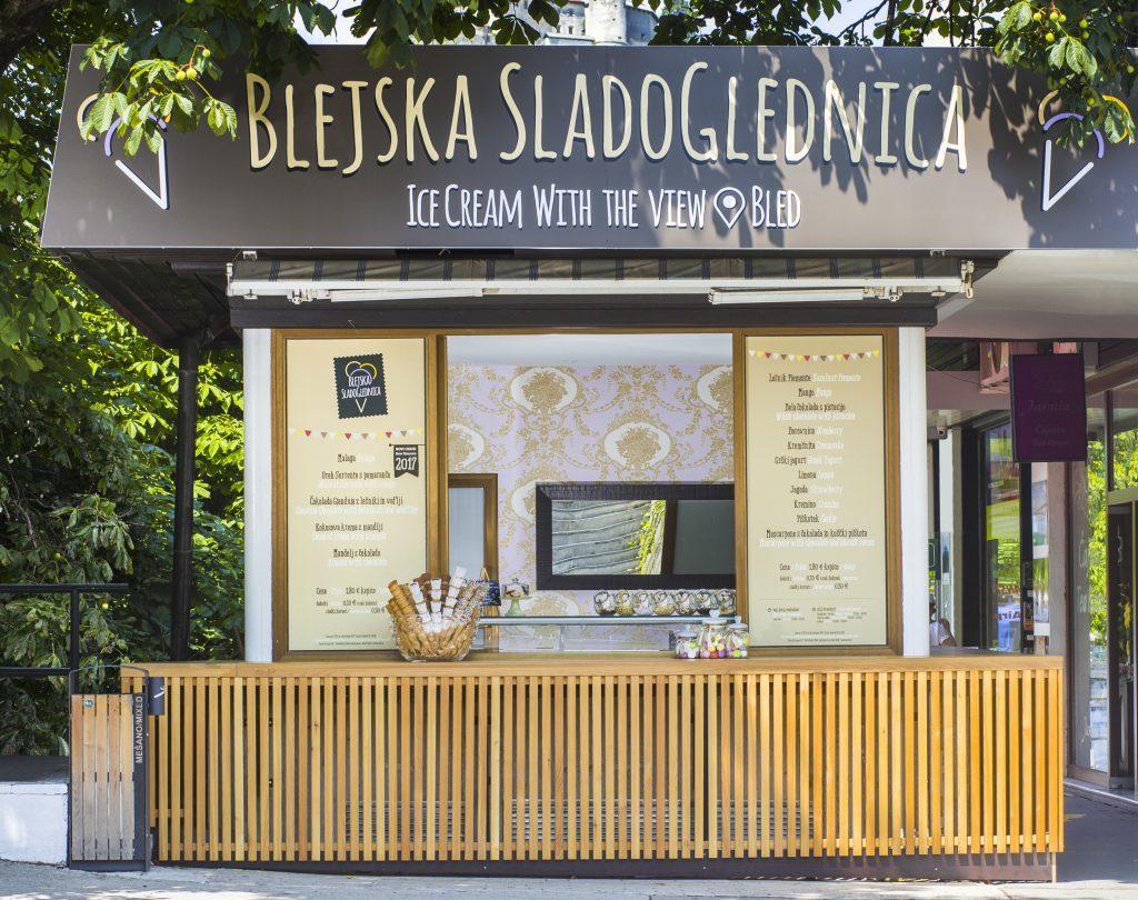 Sladoled z razgledom na Bledu. Vir: Sava Turizem.