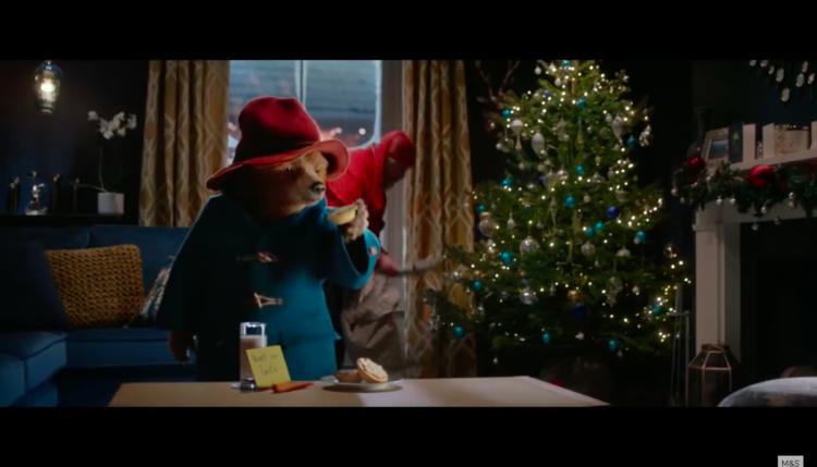Božični oglasi in Medvedek Paddington. Vir: Posnetek zaslona