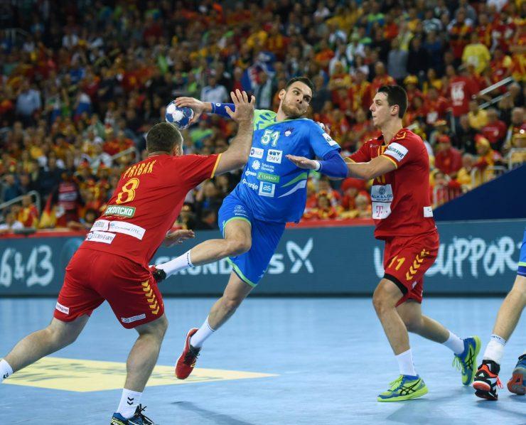 Borbenost na tekmi proti Makedoniji. Vir: Rokometna zveza Slovenije/Facebook