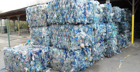 Odpadna embalaža. Vir: Wikipedia