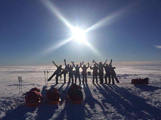 Odprava na Severni tečaj. Vir: Ženska evro-arabska odprava na Severni tečaj 2018 (The Women's Euro-Arabian North Pole Expedition 2018)