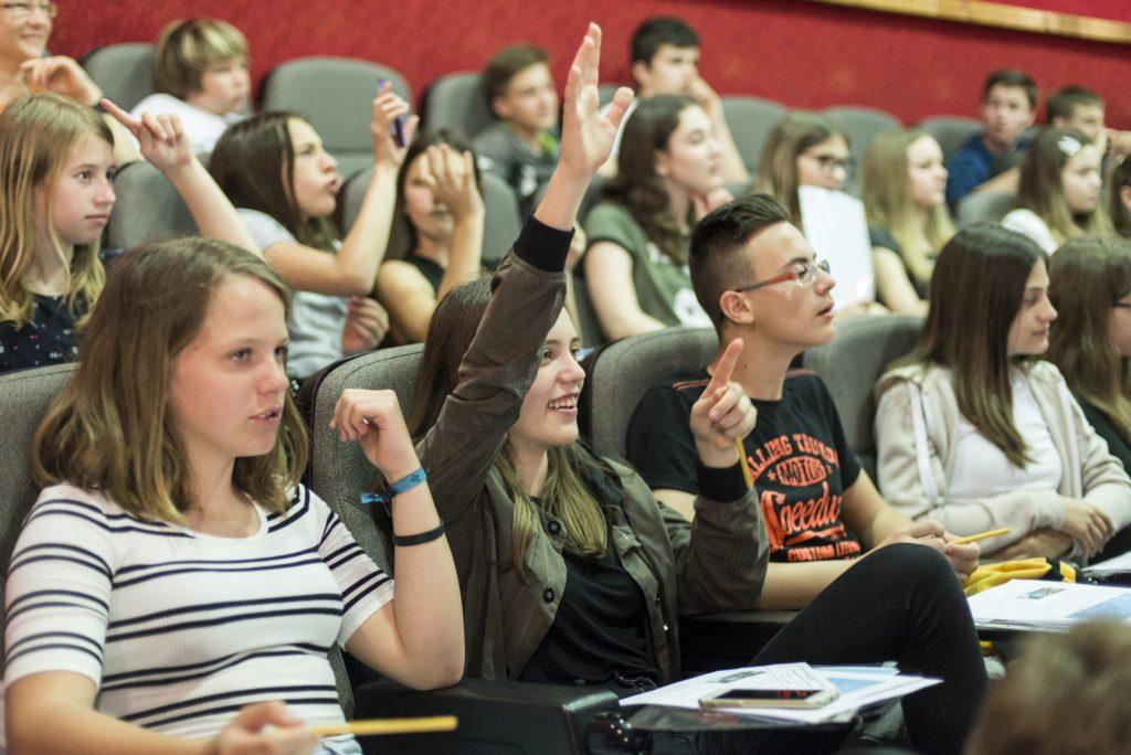 Mladi filmski gledalci so izbrali film Wallay. Foto: Branka Keser/Kino Otok