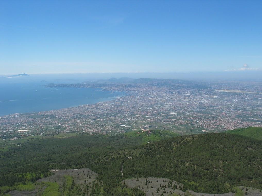 Pogled z Vezuva. Vir: Osebni arhiv