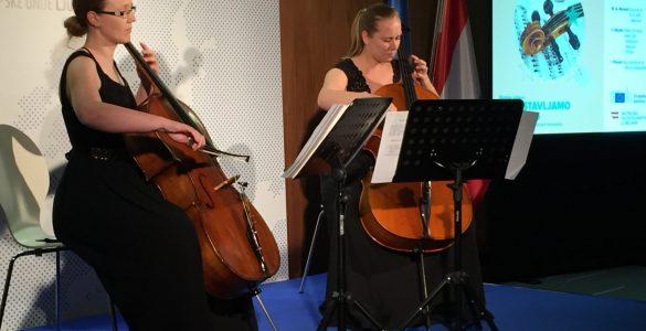 Duo Antares in Avstrija. Foto: Sonja Merljak/Časoris
