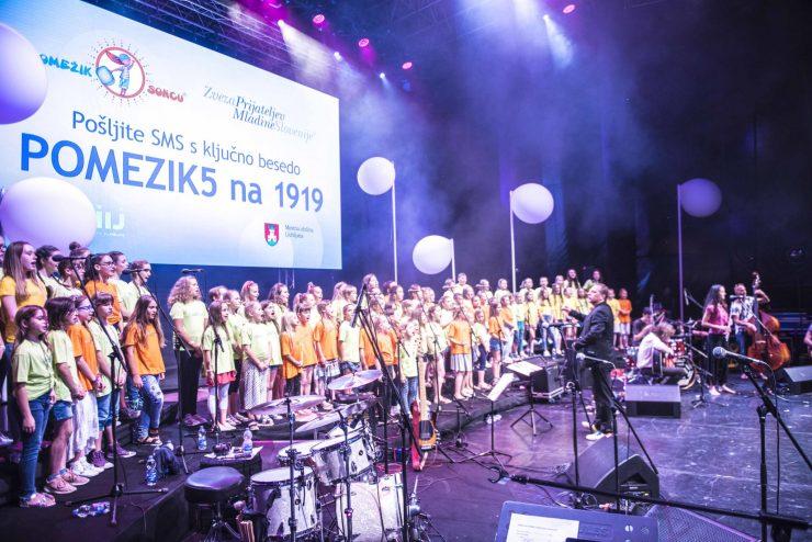 Rock mulčki na dobrodelnem koncertu leta 2018. Foto: Yeremie Pierre Noir/Arhiv ZPMS