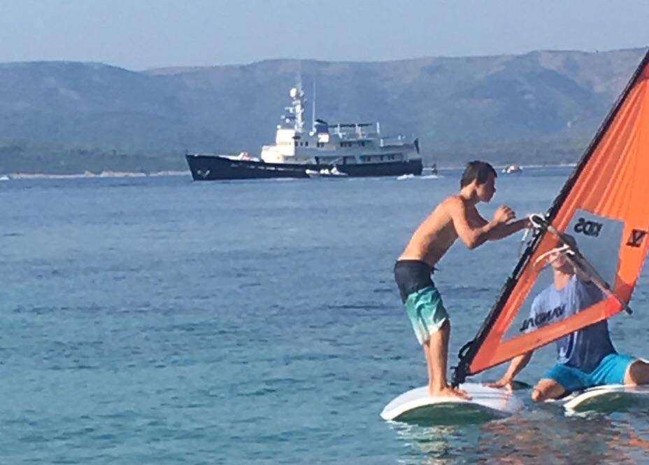 Surfer z Downovim sindromom. Foto: Petra Pavličič