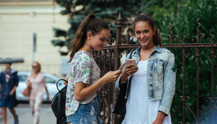 K večji varnosti otrok prispevata tako posvet o zlorabah na spletu in film Gajin svet. Foto: Luka Karlin