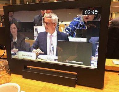 Strpnost v šoli: o tem je dr. Jernej Pikalo govoril s kolegi v Bruslju. Vir: Mizš