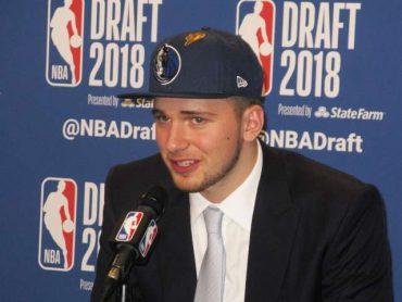 Luka Dončić na letošnjem naboru lige NBA. Foto: Robi Poredoš/STA