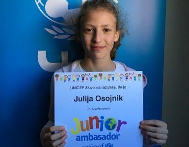 Faca novembra Julija Osojnik. Vir: Unicef Slovenija