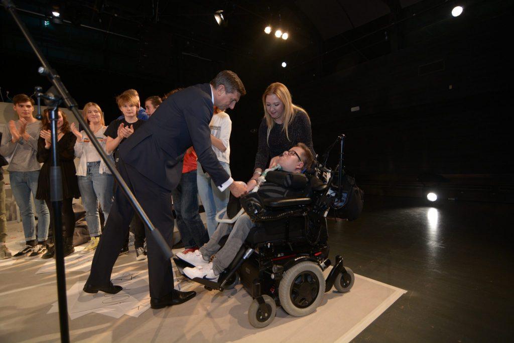 Priznanja Faca leta 2018 je nagrajencem izročil častni pokrovitelj izbora predsednik RS Borut Pahor. Foto: Maša Kores
