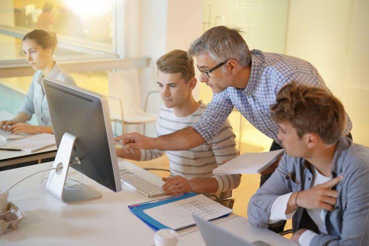 Aktualna vprašanja s področja vzgoje in izobraževanja 2019. Vir: Adobe Stock