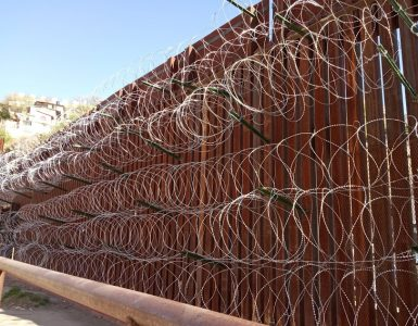 Zid med Ameriko in Mehiko v Arizoni. Foto: Jelka Šutej Adamič