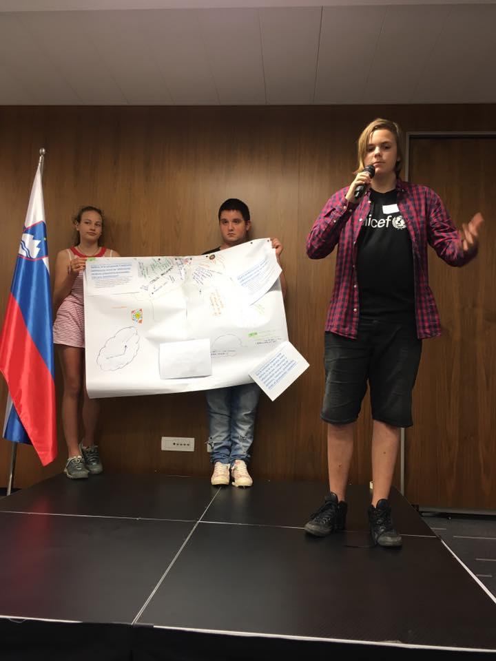 Samo Medic na Svetovni kavarni. Vir: Unicef Slovenija