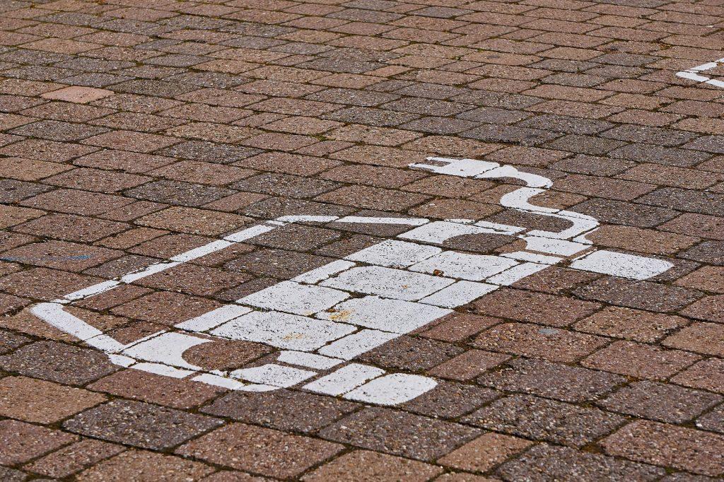 Električna mobilnost. Vir: Pixabay