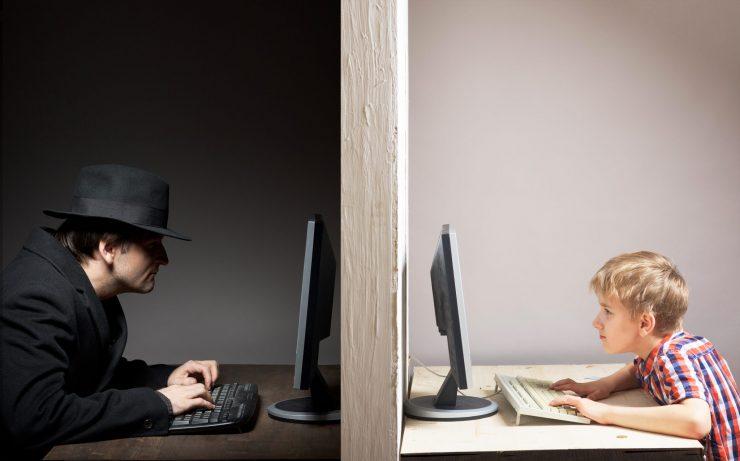 Spletnim potegavščinam lahko nasede kdorkoli. Vir: Adobe Stock