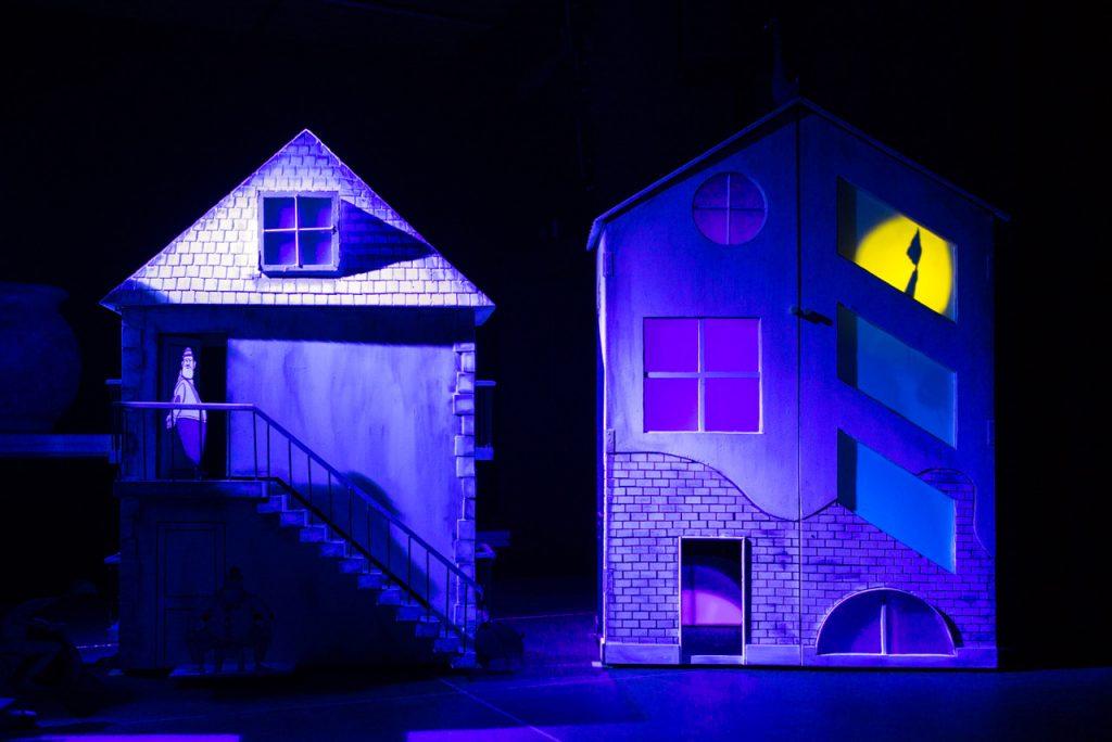 Prizor iz predstave Čarovnik barv. Vir:Arhiv festivala Zlata paličica