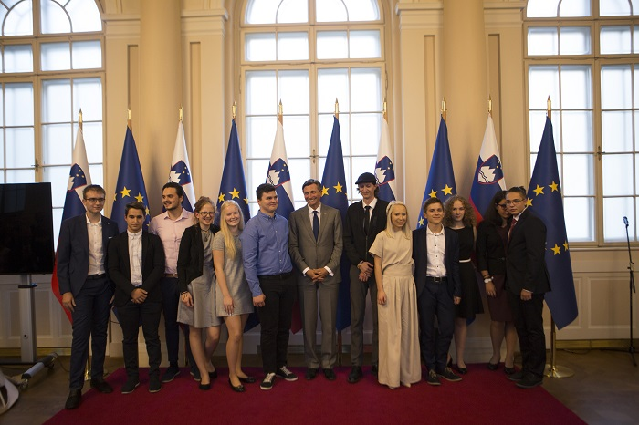 Prva generacija štipendistov Fundacije za ustvarjalne mlade. Foto Andraž Fijavž Bačovnik
