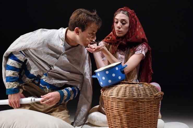 Prizor iz predstave Peter Klepec. Foto: Peter Uhan/Arhiv festivala Zlata paličica