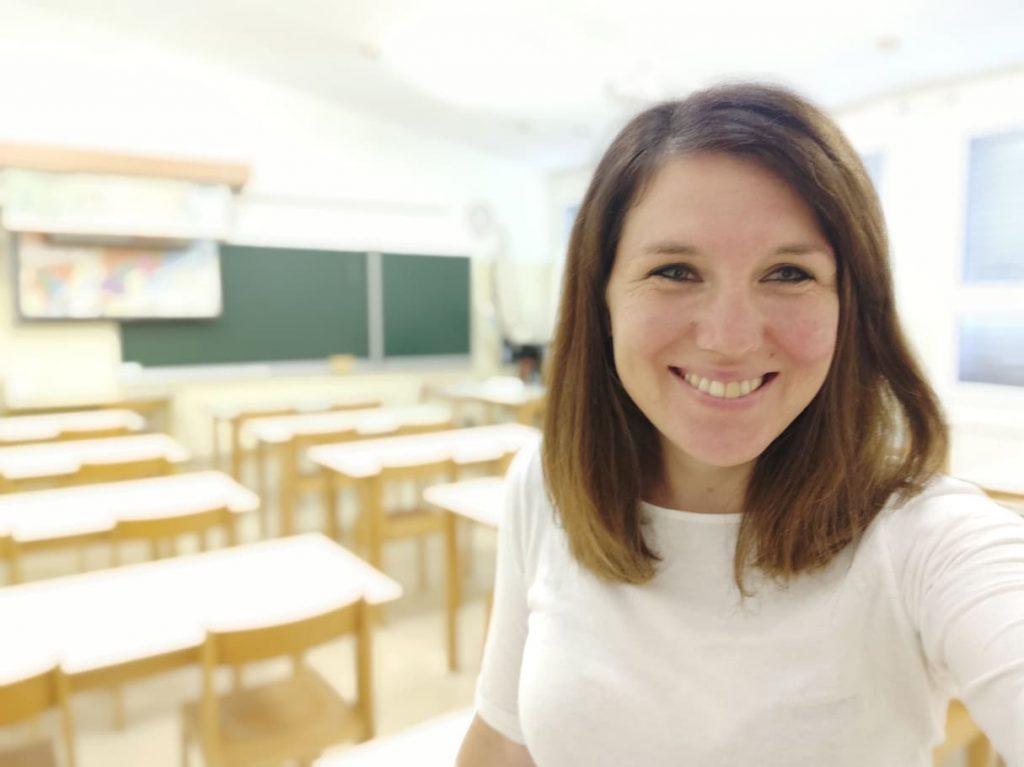 Nina Jelen v učilnici. Vir: Osebni arhiv