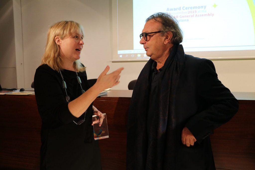 Dr. Sonja Merljak Zdovc med pogovorom z županom Lampeduse. Vir: Projekt Clarinet