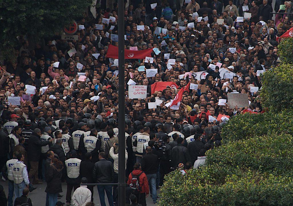 Protesti v Tuniziji. Foto: Chris Belten/Flickr