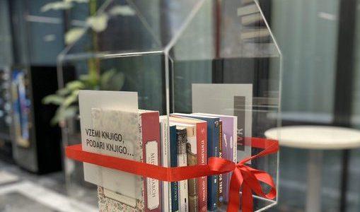Knjigobežnica na ministrstvu. Vir: MIZŠ/Twitter