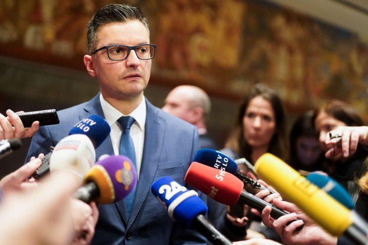 Izjava za medije predsednika vlade v odstopu Marjana Šarca. Foto: Nik Jevšnik/STA