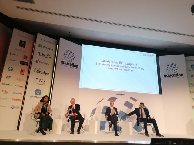 Minister Pikalo na Svetovnem izobraževalnem forumu. Vir: Arhiv MIZŠ