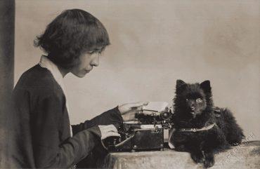 Alma Karlin. Vir: Arhiv Osrednje knjižnice Celje