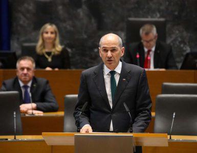 Janez Janša je prisegel kot predsednik 14. slovenske vlade. Foto: Anže Malovrh/STA