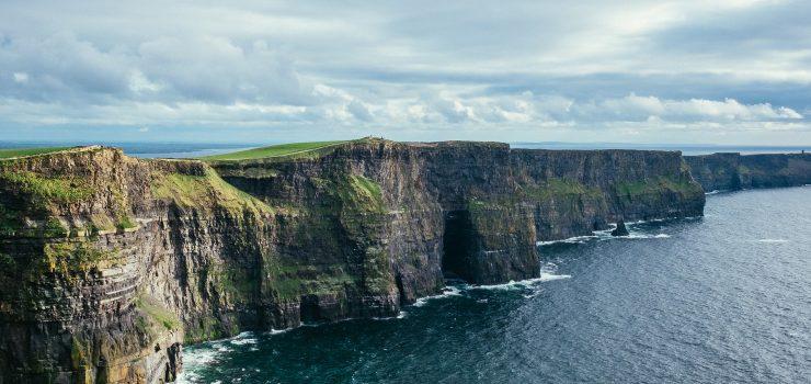 Moherski klifi so ena najbolj priljubljenih turističnih atrakcij Irske. Vir: Pixabay