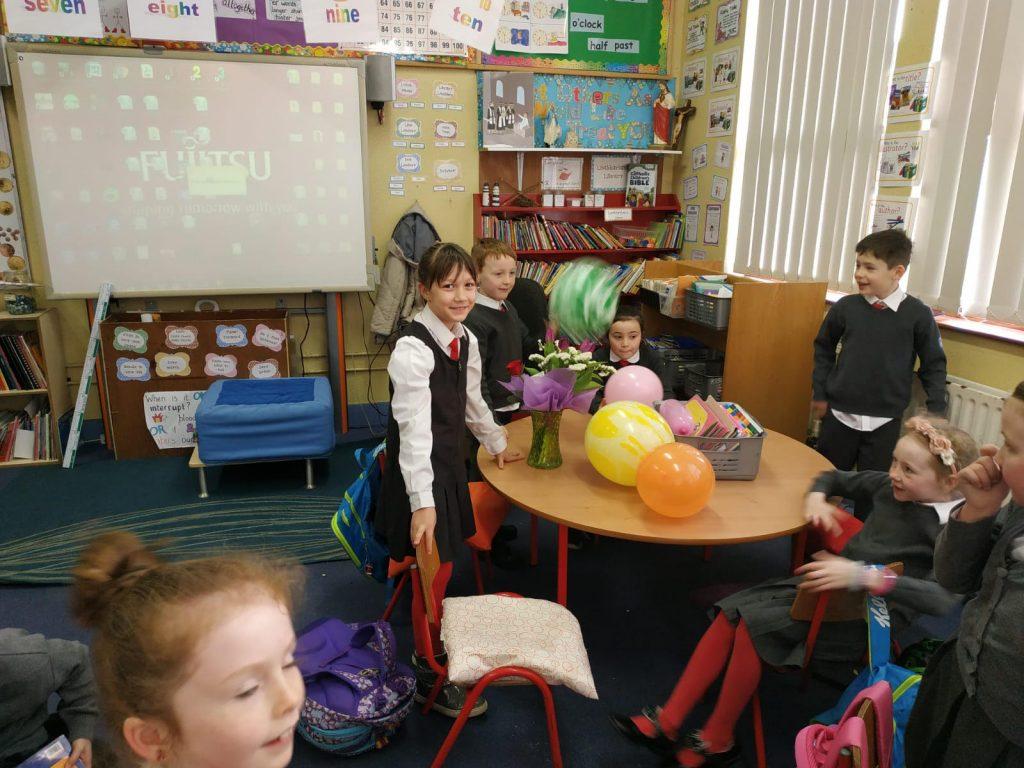 Poleg šolskih uniform so za irske šole značilni red, disciplina in spoštovanje. Vir: Osebni arhiv