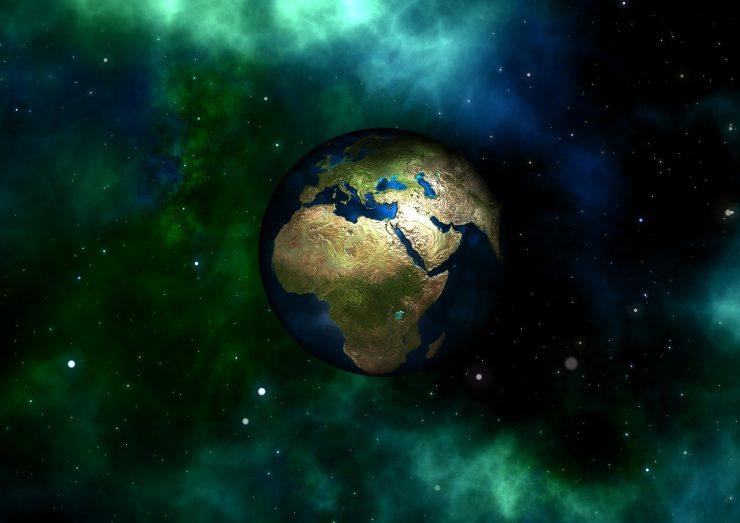 Denar nam ne bo kupil novega planeta, pravi devetošolka Katja Majdič. Vir: Pixabay
