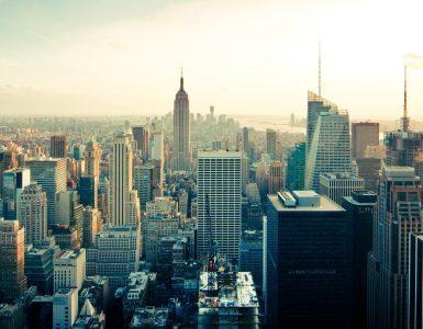 Romana piše novice iz sveta, tudi iz Združenih držav Amerike, kjer je mesto New York (na fotografiji). Vir: Pixabay