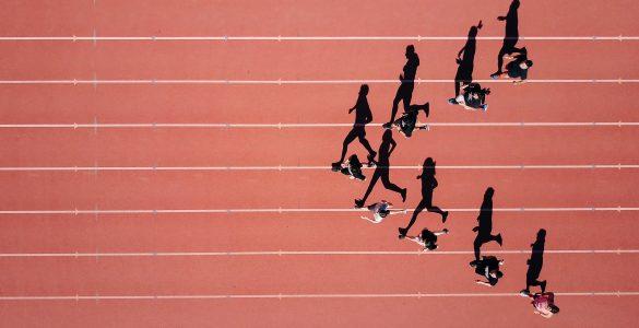 Ko se ukvarjamo s športom, postanemo bolj srečni in zadovoljni, pravi Sabina Lavrič, ki v Časorisu piše o športu. Vir: Steven Lelham/Unsplash