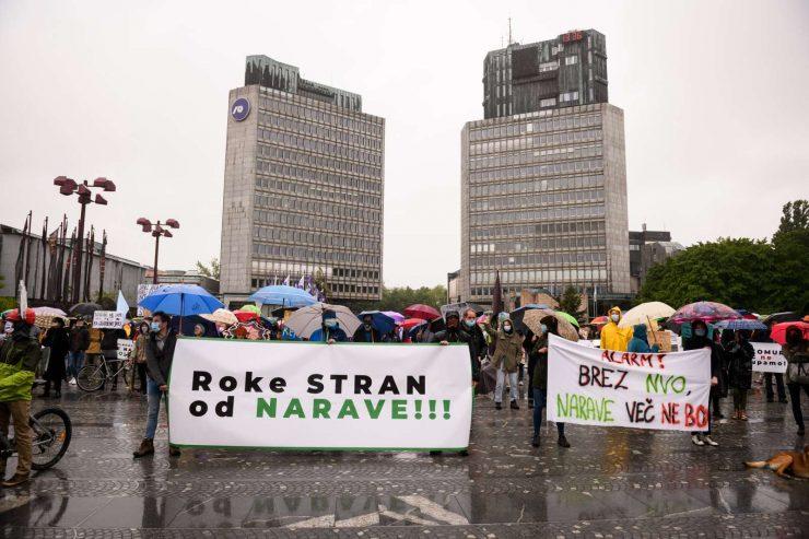 Narave ne damo, so sporočali protestniki. Foto: Nebojša Tejić/STA