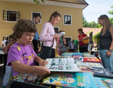Tako zabavno je vsako leto na otroškem knjižnem festivalu. Foto: Domen Pal