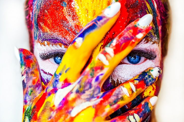 Med strokovnimi programi je poleg nekaterih drugih največ zanimanja za program kozmetični tehnik. Vir Pixabay
