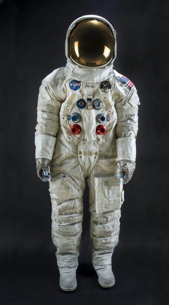 Replika vesoljske obleke Neila Armstronga. Vir: Center Noordung