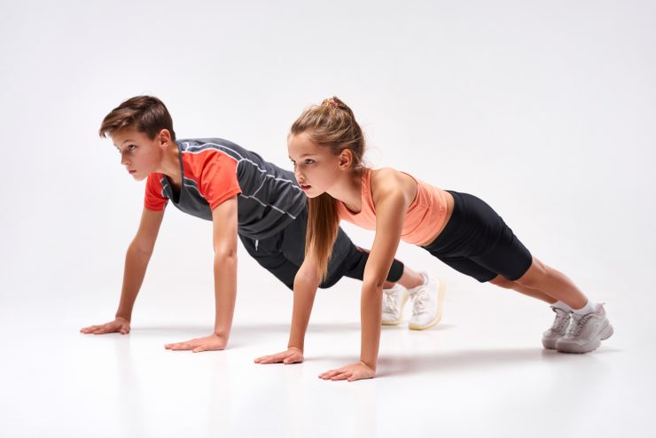 Športanje na daljavo ne more nadomestiti telovadbe v šoli. Vir: Adobe Stock