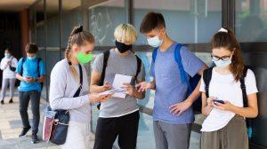 Maske v šoli. Vir: Adobe Stock