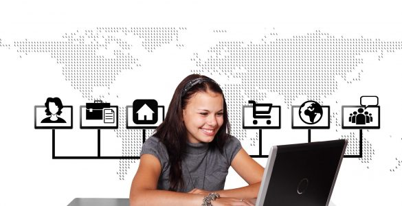 Ves čas smo povezani z družbenimi omrežji. Vir: Pixabay