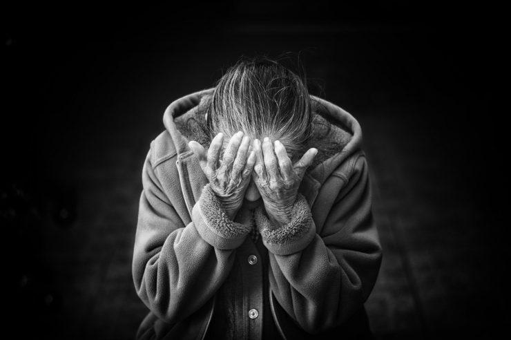 Veliko upokojencev živi na robu revščine. Vir: Pixabay