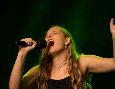 Na festivalu mladi nastopajo v različnih kategorijah. Vir: Arhiv festivala