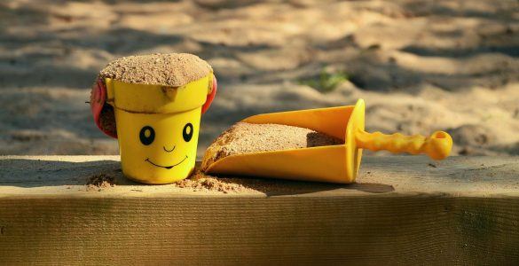 Igra v pesku. Vir: Pixabay