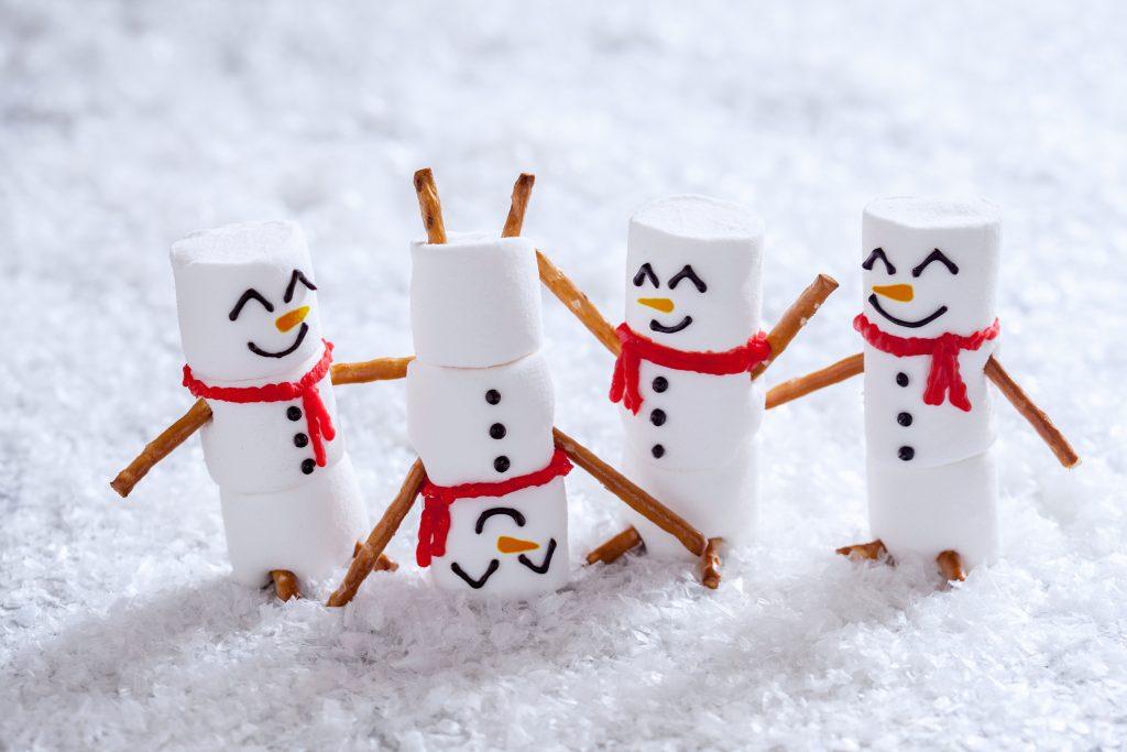 Razigrani snežaki. Vir: Adobe Stock