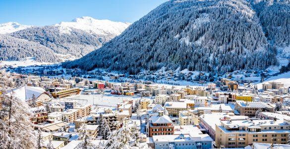 Davos. Vir: Adobe Stock