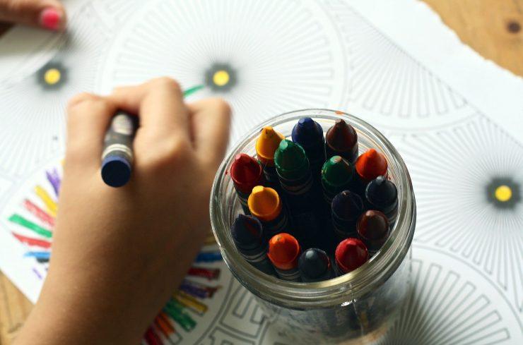 Šole bodo po potrebi odpirali ali zapirali. Vir: Pixabay